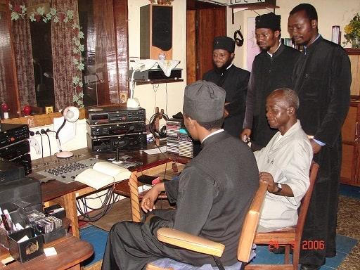 p ignatios 27 radiofonikos stathmos Kananga Congo